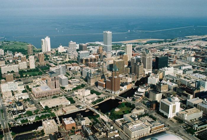 Milwaukee_downtown